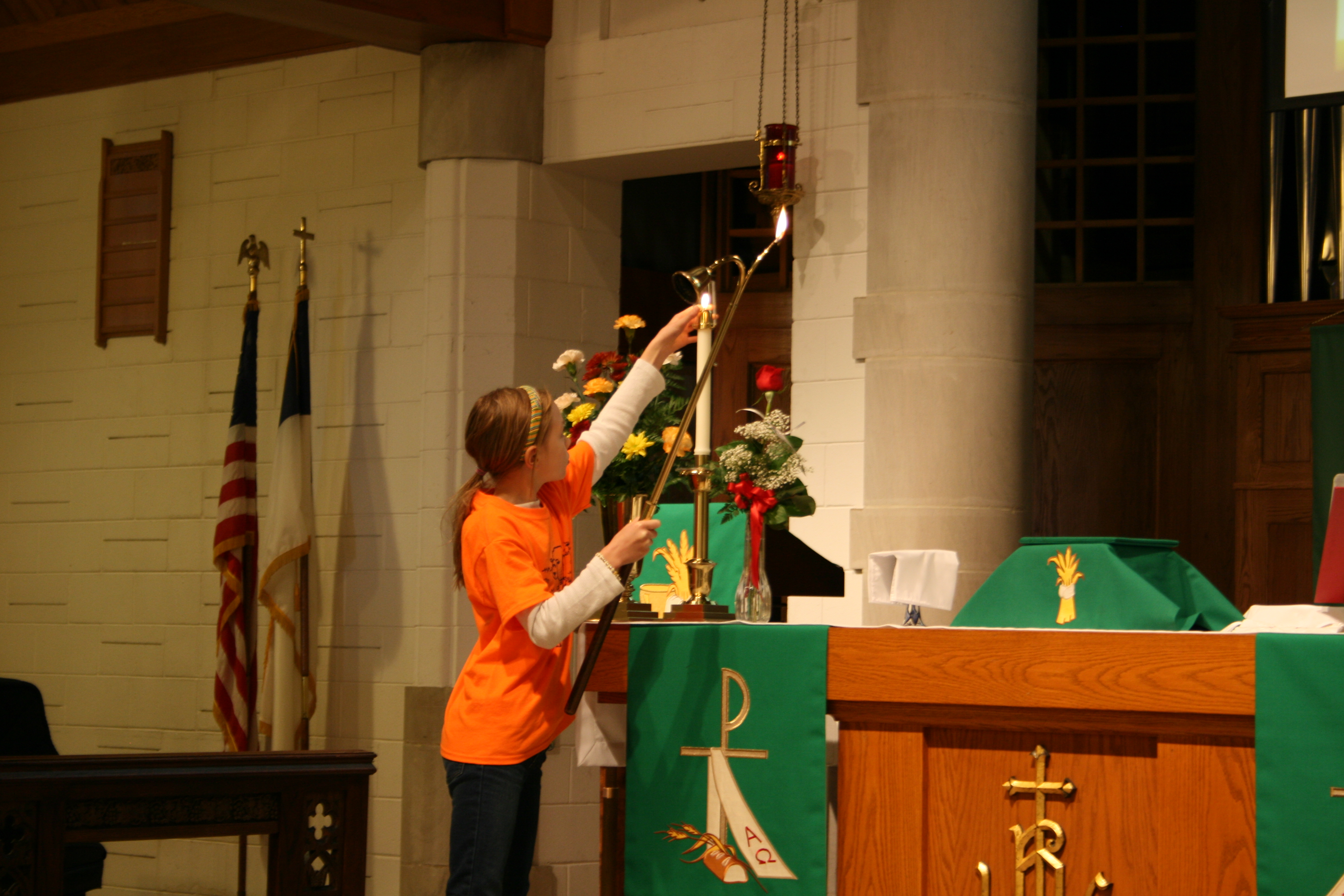 Acolyte at our Contemporary Service (11:00 a.m.)